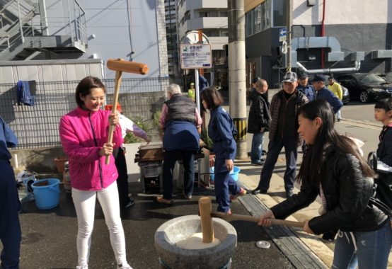 令和元年12月15日美野島餅つき1